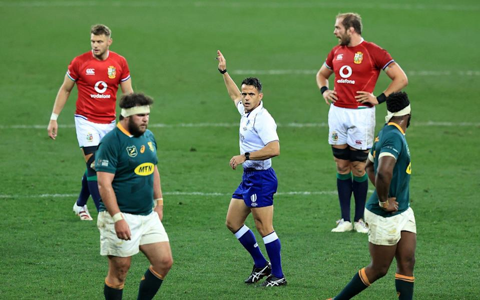 Nic Berry, the referee awards a penalty to the British & Irish Lions during the 1st Test match between the South Africa Springboks and the British & Irish Lions at Cape Town Stadium on July 24, 2021 in Cape Town, South Africa. - GETTY IMAGES