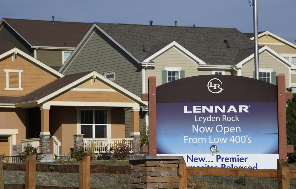 A Lennar model home is seen at a development in Arvada, Colorado September 17, 2014. Lennar Corp, the second largest U.S. homebuilder, reported a better-than-expected 47 percent jump in quarterly profit as it sold more homes at higher prices, and its shares rose as much as 6 percent in premarket trading.  REUTERS/Rick Wilking (UNITED STATES - Tags: BUSINESS REAL ESTATE)