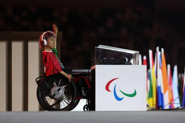 An entertainer performs during the opening ceremony of the Tokyo 2020 Paralympic Games. (Photo: Lintao Zhang via Getty Images)