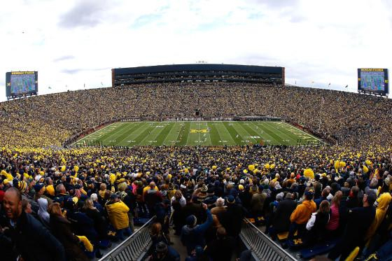 The Michigan Wolverines kick off to the Michigan State Spartans at Michigan Stadium on October 17, 2015. (Photo by Christian Petersen/Getty Images)