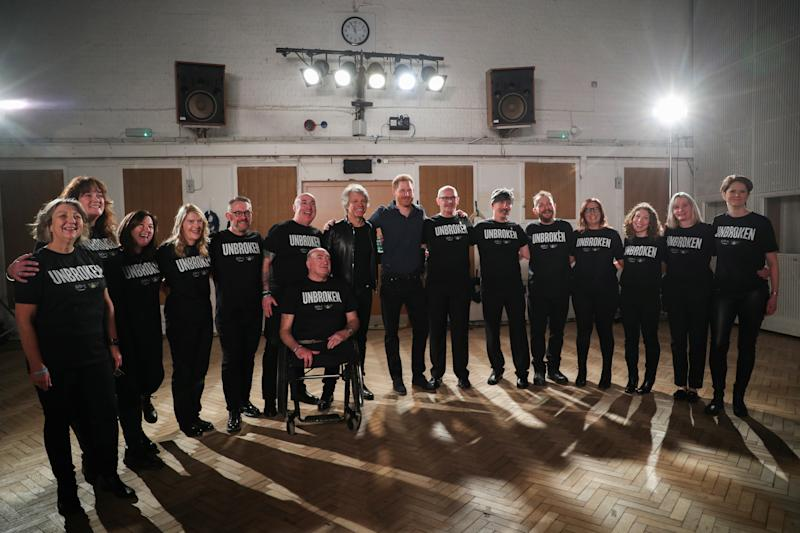 LONDON, ENGLAND - FEBRUARY 28: Prince Harry, Duke of Sussex meets with Jon Bon Jovi and members of the Invictus Games Choir at Abbey Road Studios, where a single has been recorded for the Invictus Games Foundation on February 28, 2020 in London, England. (Photo by Hannah McKay - WPA Pool / Gettyimages)