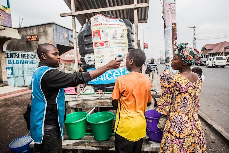 Investors Cash In on Ebola Bonds That Haven't Paid Out