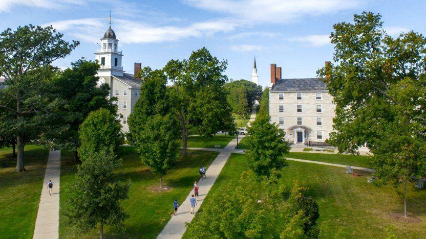 "<p><strong>Established in 1800</strong></p><p><strong>Location: Middlebury, Vermont</strong></p><p>One of the most highly regarded liberal arts schools in the country, <a href=""http://www.middlebury.edu/#story645114"" rel=""nofollow noopener"" target=""_blank"" data-ylk=""slk:Middlebury"" class=""link rapid-noclick-resp"">Middlebury</a> has been committed to creating an environment on campus that encourages learning and engaged discourse since they were founded in 1800. </p>"