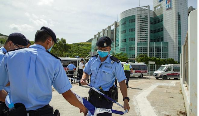 Police raided the Apple Daily offices in a high-profile operation on Monday. Photo: Winson Wong