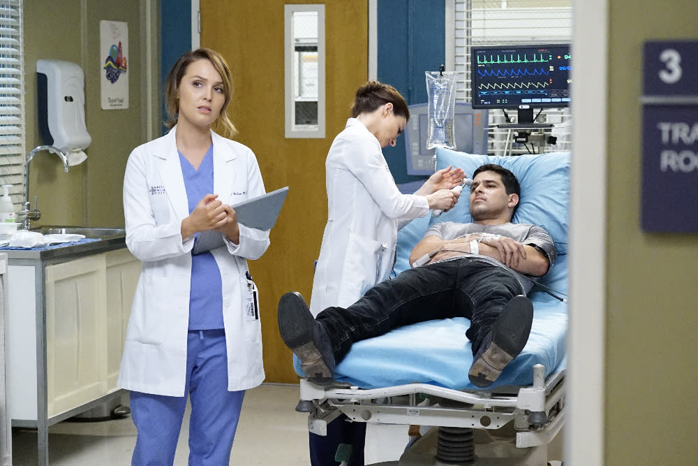 """GREY'S ANATOMY - """"Mama Tried"""" - Callie and Arizona are at odds over Sofia's future, and Stephanie questions the status of her relationship with Kyle. Meanwhile, Alex and April work on a pregnant teen that is readmitted to Grey Sloan Memorial, on """"Grey's Anatomy,"""" THURSDAY, MAY 5 (8:00-9:00 p.m. EDT), on the ABC Television Network. (ABC/Kelsey McNeal) CAMILLA LUDDINGTON, CATERINA SCORSONE, WILMER VALDERRAMA"""