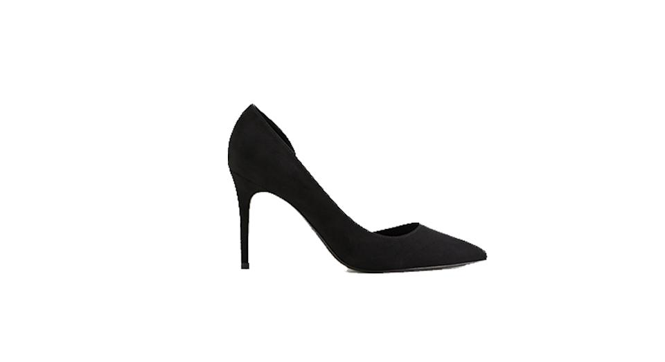 Asymmetric stiletto shoes