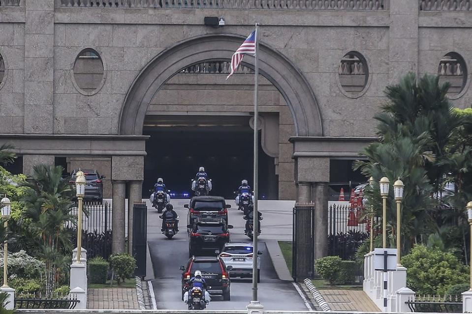 Tan Sri Muhyiddin Yassin arrives at the Prime Minister's Office in Putrajaya October 23, 2020. — Picture by Hari Anggara