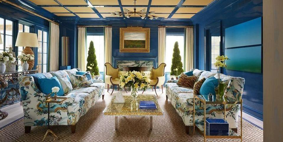 "<p>This <a href=""https://www.elledecor.com/design-decorate/house-interiors/a8631/most-beautiful-homes-in-east-hampton/"" rel=""nofollow noopener"" target=""_blank"" data-ylk=""slk:Celerie Kemble-designed living room"" class=""link rapid-noclick-resp"">Celerie Kemble-designed living room</a> features a creative mix of accent colors, including soft yellow, which work beautifully with the high-gloss blue walls.</p>"