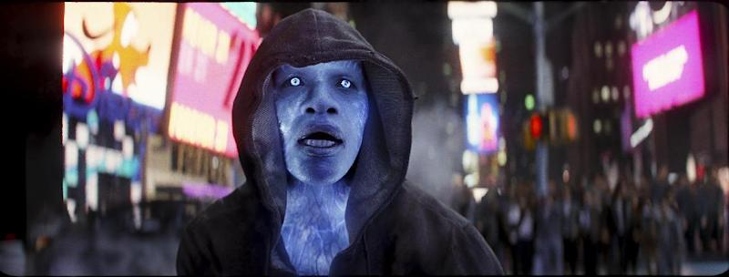 "This photo provided by Sony Pictures shows Jamie Foxx as Electro in Columbia Pictures' ""The Amazing Spider-Man 2."" Sony Pictures debuted 30 minutes of 3-D footage of ""The Amazing Spider-Man 2"" at the movie-theater convention, CinemaCon, in Las Vegas on Wednesday night, March 26, 2014. (AP Photo/Sony Pictures)"