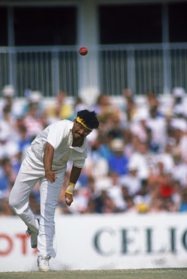 Indian cricketer Narendra Hirwani bowling against England in the third test at the Oval, London, 23rd-28th August 1990. The match ended in a draw with England winning the Test series 1-0. (Photo by Ben Radford/Getty Images)