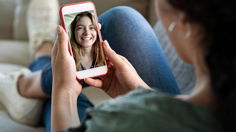 The World Health Organization suggests keeping in touch digitally if you are self-isolating. (Photo: seb_ra via Getty Images)