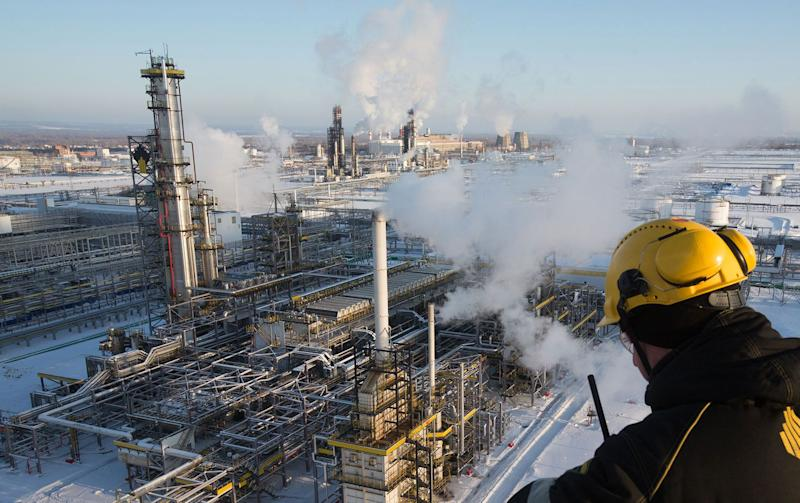 U.S. Weighs Rosneft Sanctions But Wary of Oil Market Chaos