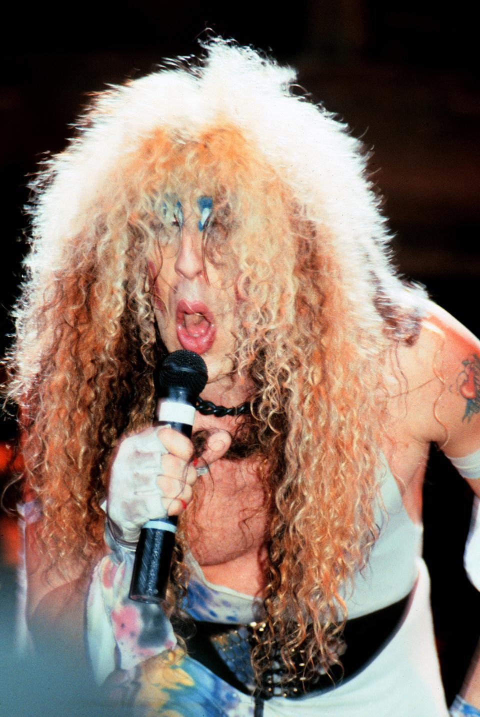 Dee Snider with Twisted Sister in the '80s. (Photo: Jim Steinfeldt/Michael Ochs Archives/Getty Images)
