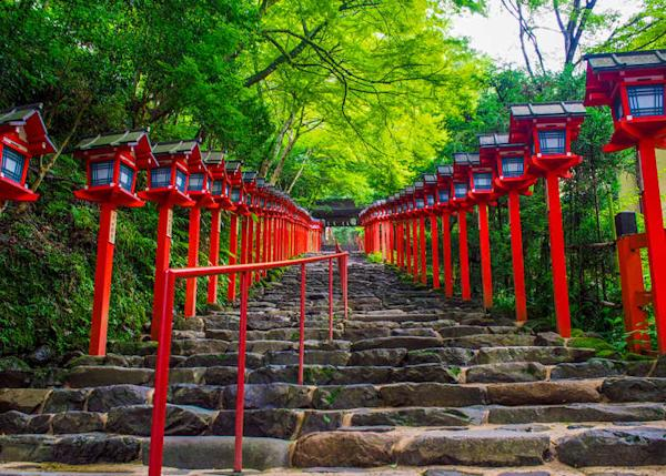Kyoto's Kifune Shrine: Beautiful shrine to the God of Water; Sacred place for matchmaking!