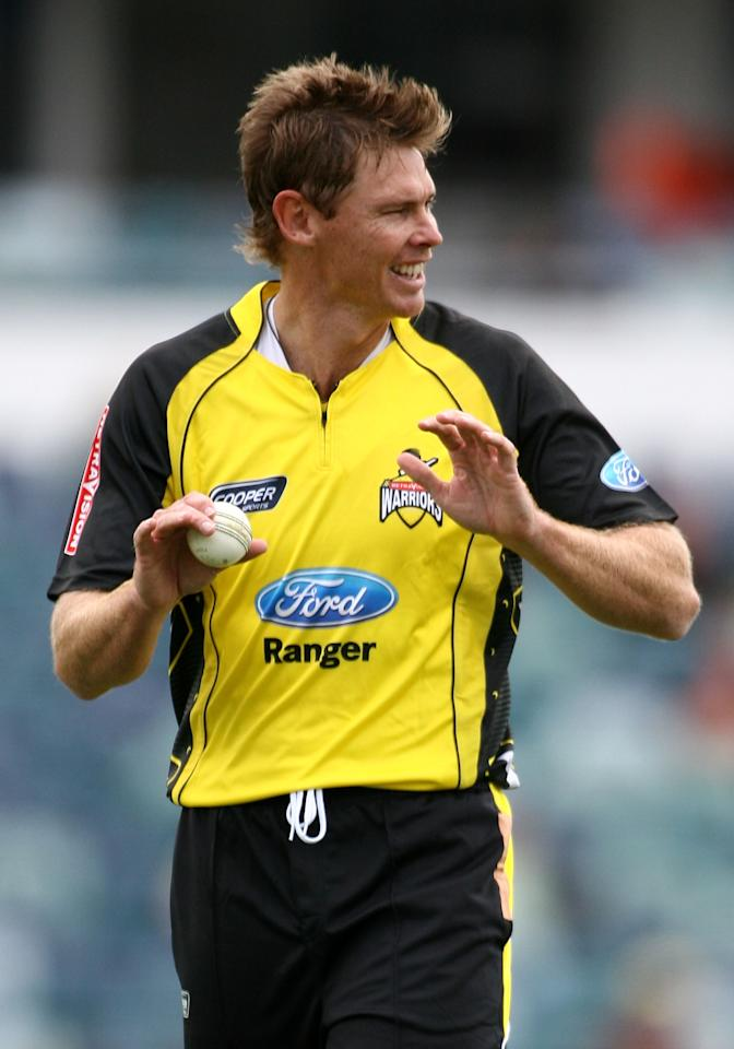 PERTH, AUSTRALIA - OCTOBER 11:  Ashley Noffke of the Warriors looks on while walking back to his mark during the Ford Ranger Cup match between the Western Australian Warriors  and the Queensland Bulls at WACA on October 11, 2009 in Perth, Australia.  (Photo by Paul Kane/Getty Images)