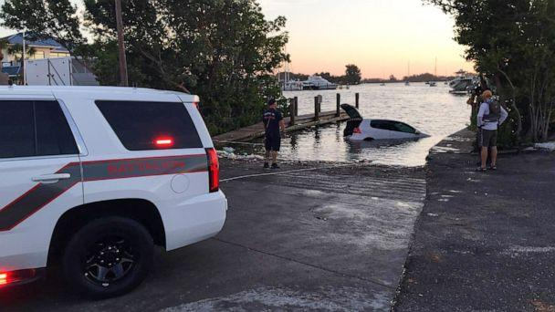 PHOTO: An 81-year-old woman was trapped in submerged car for 10 hours when she was rescued by kayaker in Venice, Florida. (Venice Police Department)
