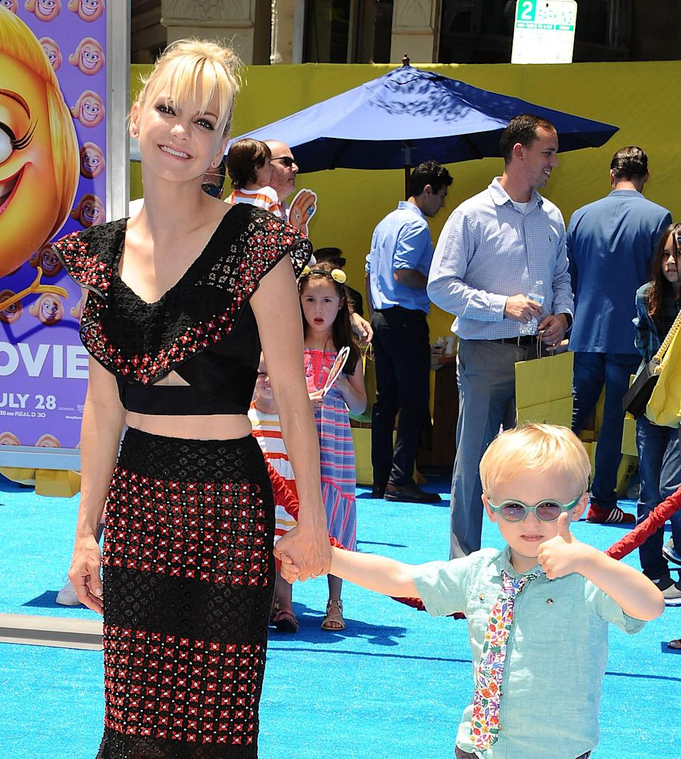 """<h1 class=""""title"""">Premiere Of Columbia Pictures And Sony Pictures Animation's """"The Emoji Movie"""" - Arrivals</h1><cite class=""""credit"""">Jason LaVeris/Getty Images</cite>"""