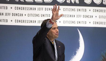 U.S. Republican presidential candidate Senator Marco Rubio (R-FL) waves after speaking during the Freedom Summit in Greenville, South Carolina May 9, 2015. REUTERS/Chris Keane