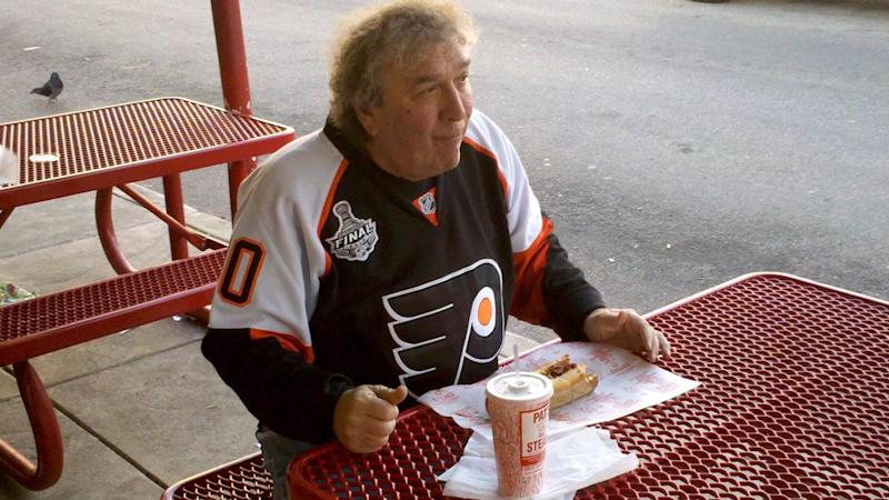 Man Gets Dying Wish to Be Buried With 2 Philly Cheesesteaks