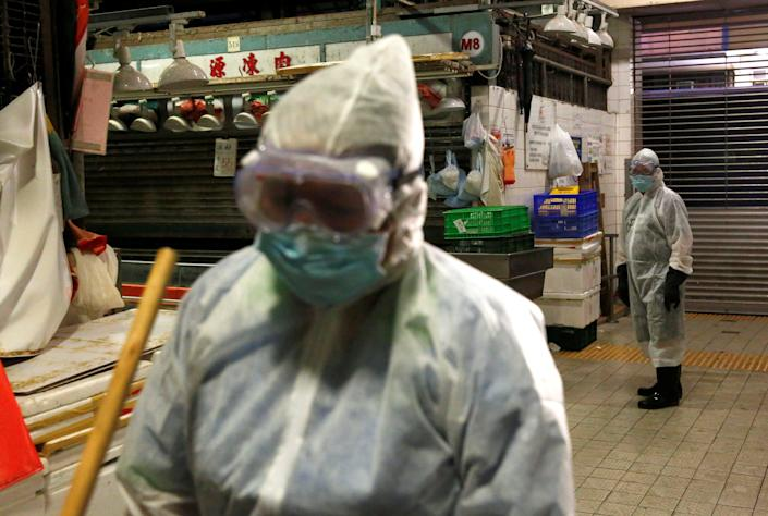 Image: The coronavirus disease (COVID-19) outbreak at Sham Shui Po district, in Hong Kong (TYRONE SIU / Reuters)