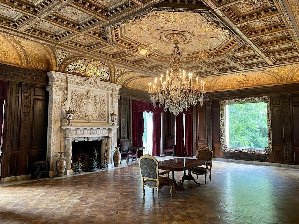 """<p>In <em>Architectural Record</em>, Croly called the music room """"the largest and the most important and most elaborately designed room in the house."""" </p>"""