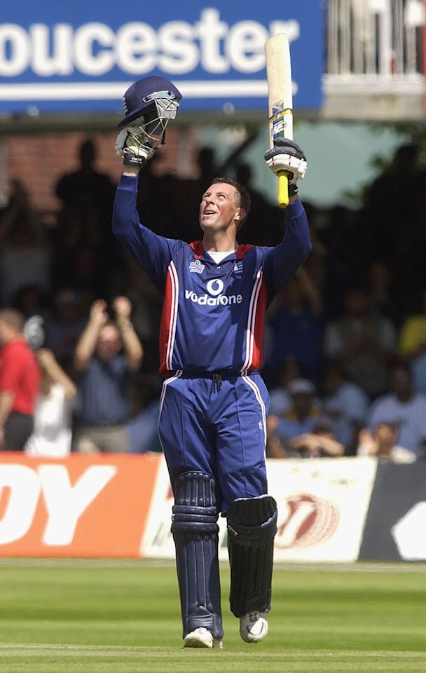 LONDON, ENGLAND - JULY 13:  Marcus Trescothick of England celebrates his century during the match between England and India in the NatWest One Day Series Final at Lord's in London, England on July 13, 2002. (Photo by Tom Shaw/Getty Images)
