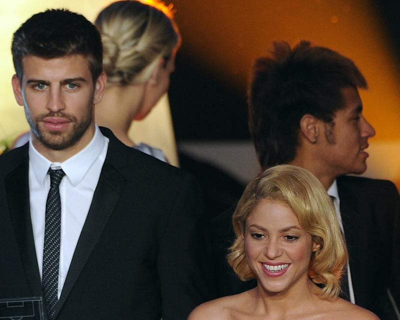 Gerard Pique (L) arrives with Shakira (R), on January 9, 2012 for the FIFA Ballon d'Or award in Zurich