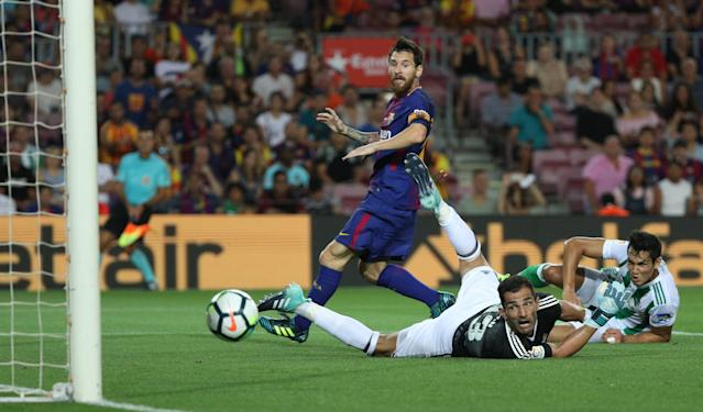 """<a class=""""link rapid-noclick-resp"""" href=""""/soccer/players/lionel-messi/"""" data-ylk=""""slk:Lionel Messi"""">Lionel Messi</a> (center) returned to a familiar role with <a class=""""link rapid-noclick-resp"""" href=""""/soccer/teams/barcelona/"""" data-ylk=""""slk:Barcelona"""">Barcelona</a>, and it worked. For now. (Reuters)"""