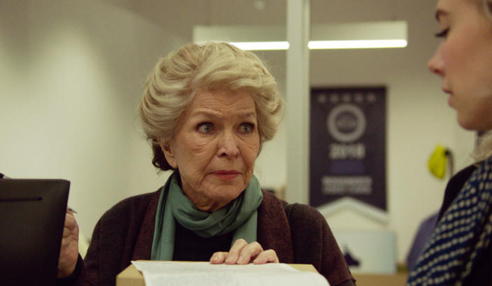 """This image released by Netflix shows Ellen Burstyn, left, and Vanessa Kirby in a scene from """"Pieces of a Woman."""" (Benjamin Loeb/Netflix via AP)"""