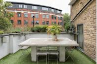 """<p>Looking for a spa-like haven amid the buzz of London? Check out this gorgeous townhouse that features a bath tub in one of the bedrooms, two private roof terraces (including a <a href=""""https://www.elle.com/uk/life-and-culture/travel/g36410749/airbnbs-with-hot-tubs/"""" rel=""""nofollow noopener"""" target=""""_blank"""" data-ylk=""""slk:hot tub"""" class=""""link rapid-noclick-resp"""">hot tub</a> on one of them!), fine bedding and a luxury hotel feel. The Clerkenwell Airbnb is packed with five-star features, including underfloor heating and air conditioning. It's perfect for holing up in the capital, whatever the weather brings.</p><p><strong>Sleeps: </strong>Four</p><p><strong>Price per night:</strong> £380.00</p><p><a class=""""link rapid-noclick-resp"""" href=""""https://airbnb.pvxt.net/2rRybQ"""" rel=""""nofollow noopener"""" target=""""_blank"""" data-ylk=""""slk:SEE INSIDE"""">SEE INSIDE</a></p>"""