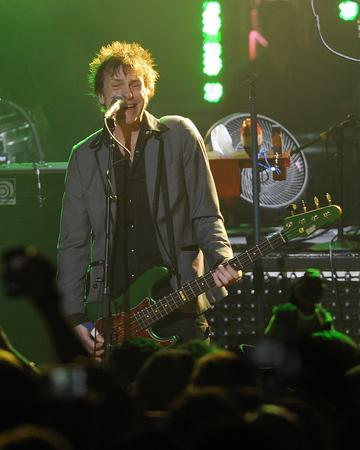 Guns N' Roses bassist plans to busk before London show