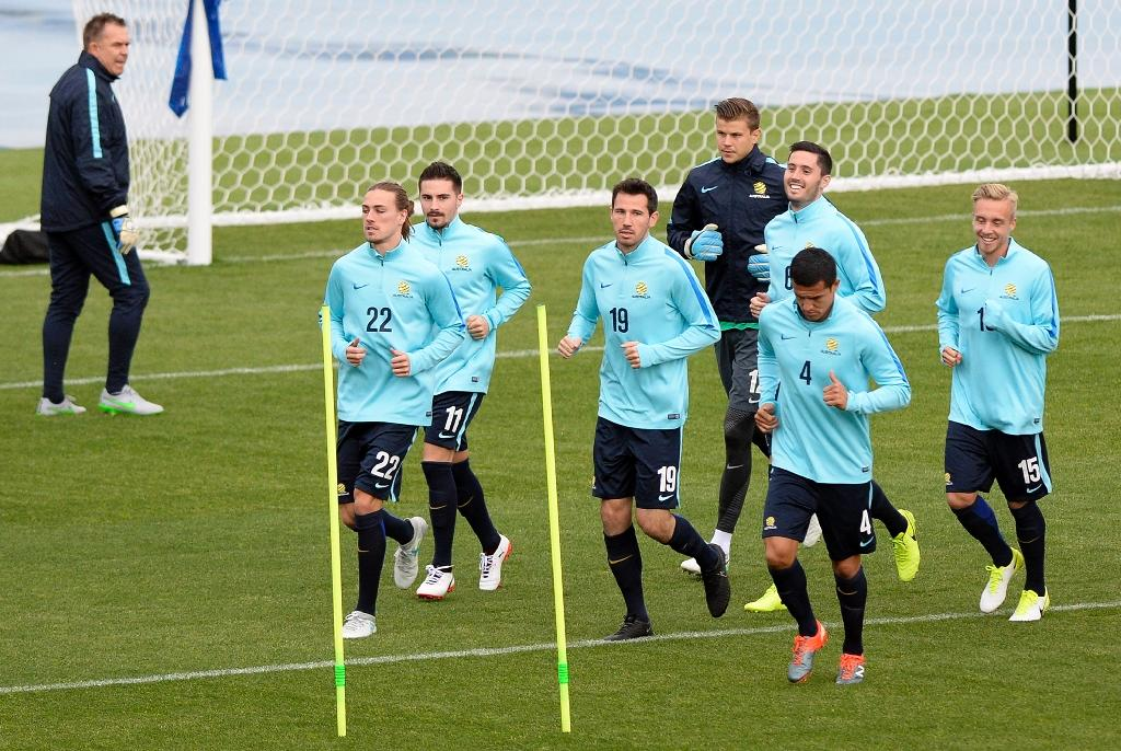 Australian footballers take part in a training session in Saint Petersburg in Russia, during the 2017 Confederations Cup tournament (AFP Photo/Olga MALTSEVA)