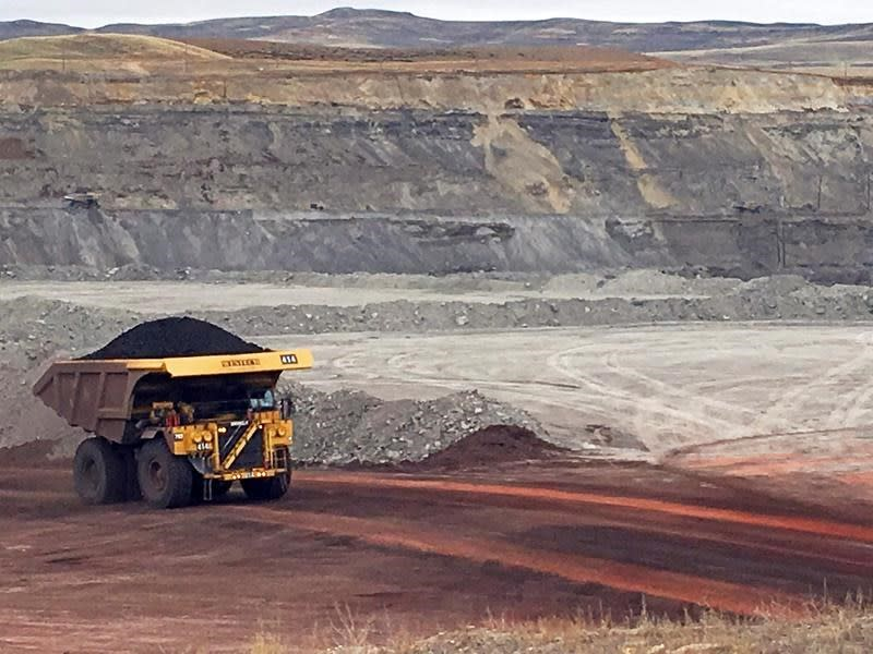 Alberta to change restrictions on foothills coal mining to ease development