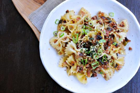 Spicy Caramelized Spam and Scallion Pasta