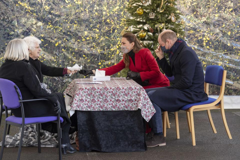 BATH, UNITED KINGDOM - DECEMBER 08: Prince William, Duke of Cambridge and Catherine, Duchess of Cambridge on a visit Cleve Court Care Home on December 8, 2020 in Bath, England. The royal couple paid tribute to the efforts of care home staff throughout the COVID-19 pandemic, during the final day of engagements on their tour of the UK. During their trip, their Royal Highnesses have paid tribute to individuals, organisations and initiatives across the country that have gone above and beyond to support their local communities this year. (Photo by Paul Grover - WPA Pool/Getty Images)