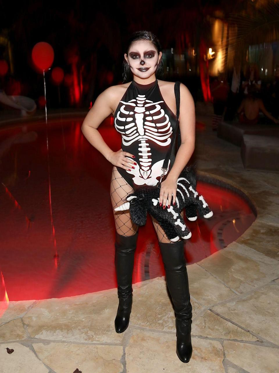 <p>Can't go wrong with a skeleton leotard and some good old face paint.</p>