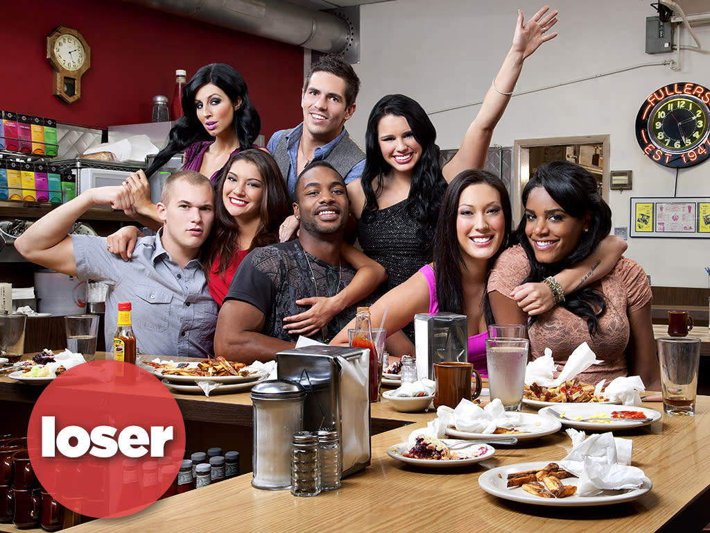 The cast of Real World Season 28 at Fuller's Diner.