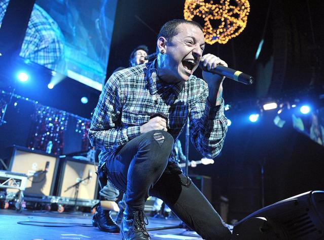 <p>Chester Bennington of Dead By Sunrise performs during the KROQ Almost Acoustic Christmas at Gibson Amphitheatre on December 12, 2009 in Universal City, California. (Photo by John Shearer/WireImage) </p>