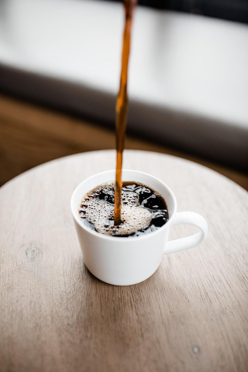 <p>Water is highly encouraged on the Noom program, but in addition to sweet, pure H2O, there are a few other beverages on the green list.</p> <ul> <li>Black coffee</li> <li>Coffee with nonfat creamer or unsweetened milk</li> <li>Unsweetened tea</li> <li>Water with lemon or other fruit slices</li> </ul>