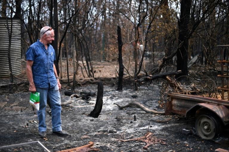 Australia's unprecedented bushfires have destroyed about 2,000 homes and claimed 28 lives