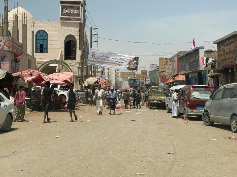 A busy street in the Yemeni city of Marib, the internationally recognised government's last bastion in oil-rich northern Yemen (AFP/-)