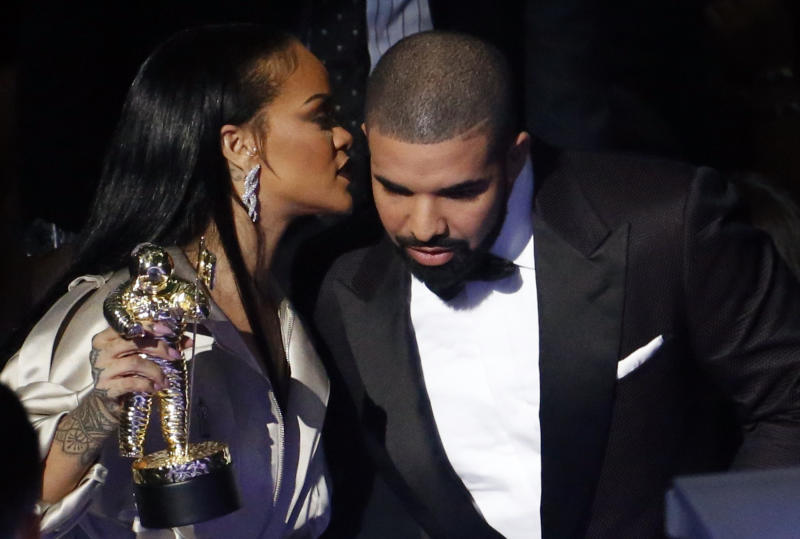 Drake is working with Chris Brown, the ex-boyfriend of his former flame Rihanna (pictured with the rap star at the 2016 MTV VMAs). (Photo: REUTERS/Lucas Jackson)