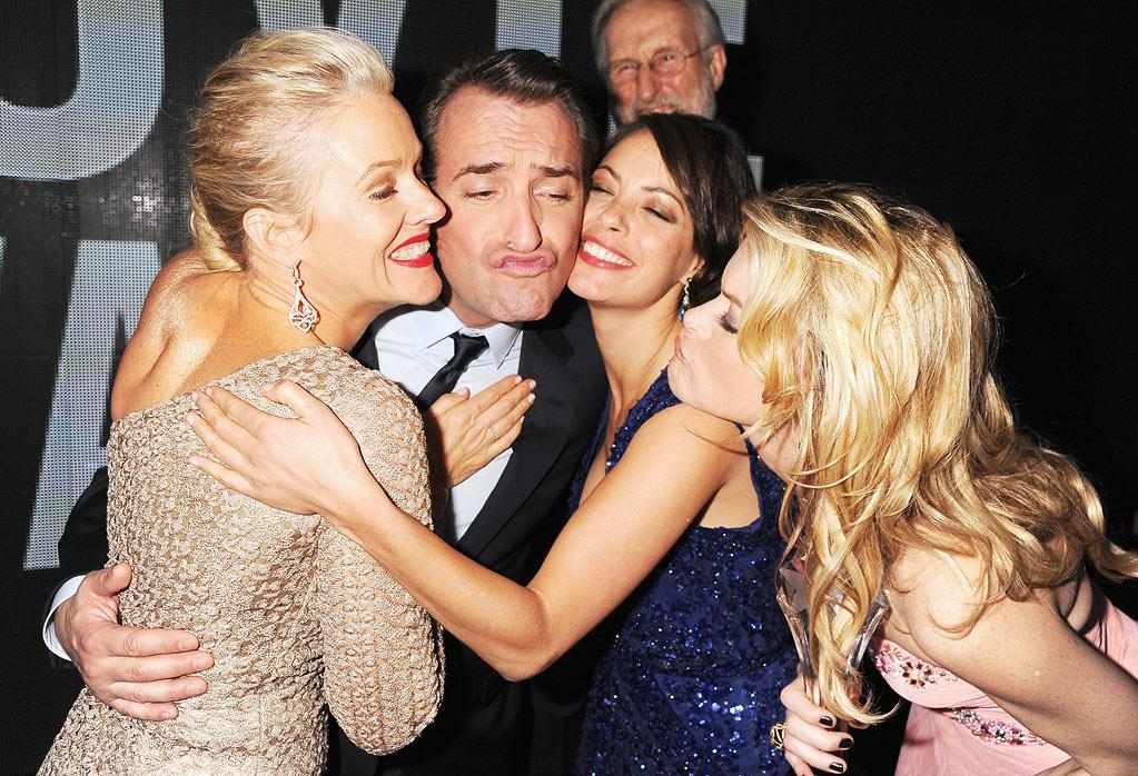 "<a href=""http://movies.yahoo.com/movie/contributor/1800012963"">Penelope Ann Miller</a>, <a href=""http://movies.yahoo.com/movie/contributor/1809672685"">Jean Dujardin</a>, <a href=""http://movies.yahoo.com/movie/contributor/1804731652"">Berenice Bejo</a> and <a href=""http://movies.yahoo.com/movie/contributor/1800352196"">Missi Pyle</a> at the 17th Annual Critics' Choice Awards reception in Hollywood on January 12, 2012."