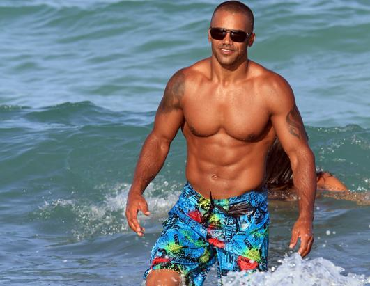 """""""Criminal Minds"""" star Shemar Moore put his gym-sculpted body on display in Miami. The 42-year-old actor spent the day enjoying the sun and surf while at Miami Beach"""
