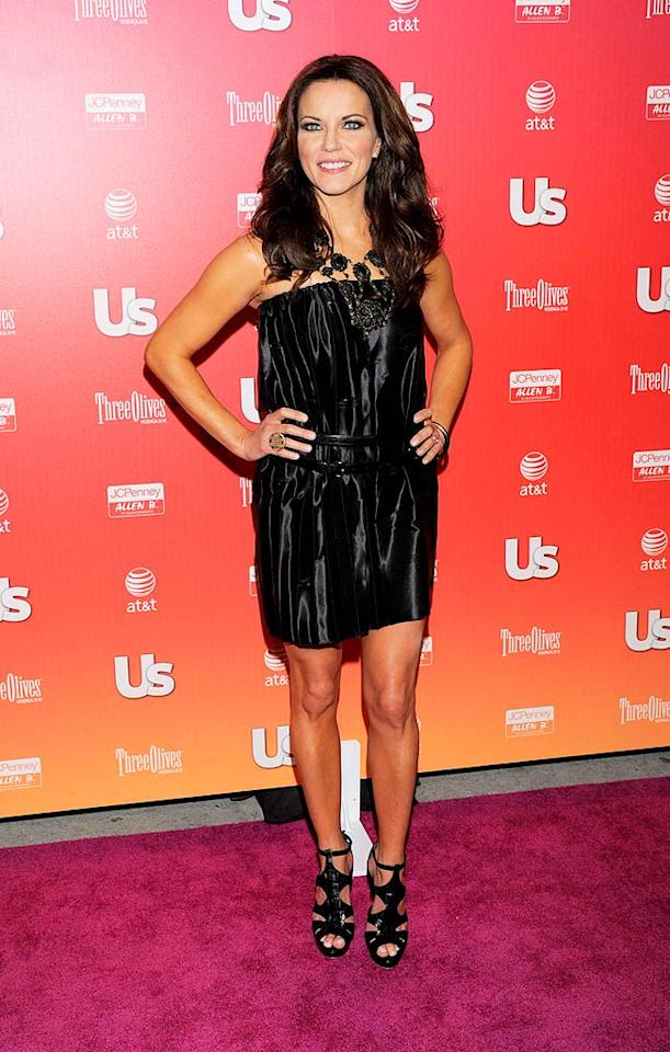 "A medallion necklace and Gladiator sandals added some drama to Martina McBride's outfit. Todd Williamson/<a href=""http://www.wireimage.com"" target=""new"">WireImage.com</a> - April 22, 2009"