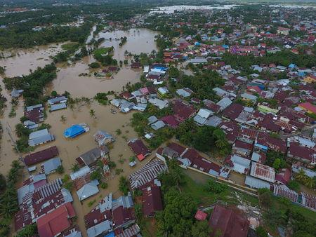 An aerial view shows a flooded area in Bengkulu, Indonesia, April 27, 2019. Picture taken April 27, 2019. Antara Foto/David Muharmansyah/ via REUTERS
