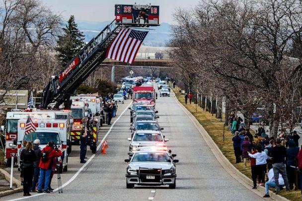 PHOTO: Law enforcement vehicles escort the body of slain Boulder Police officer Eric Talley to a funeral home, March 24, 2021, in Boulder, Colo. (Michael Ciaglo/Getty Images)