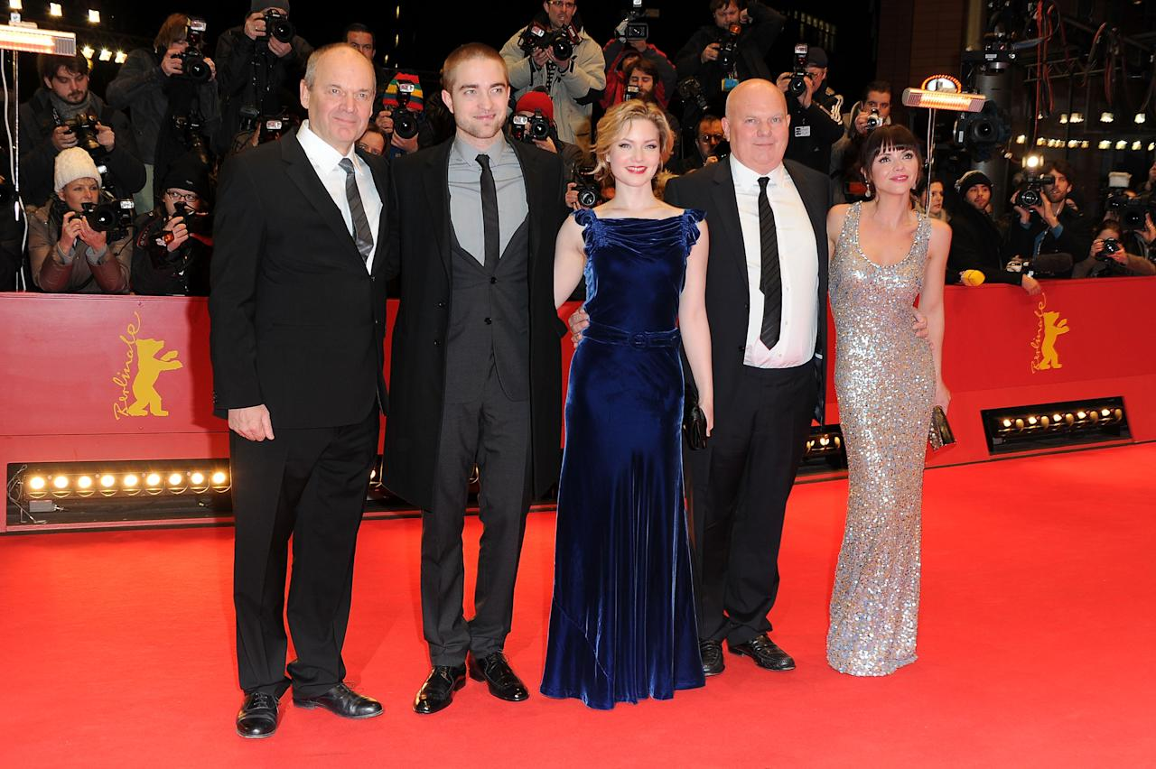 "BERLIN, GERMANY - FEBRUARY 17:  Director Nick Ormerod, actors Robert Pattinson, Holliday Grainger, director Declan Donnellan and actress Christina Ricci attend the ""Ben Ami"" Premiere during day nine of the 62nd Berlin International Film Festival at the Berlinale Palast on February 17, 2012 in Berlin, Germany.  (Photo by Pascal Le Segretain/Getty Images)"