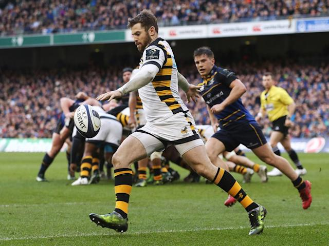 Elliot Daly kicks to clear for Wasps (Getty)