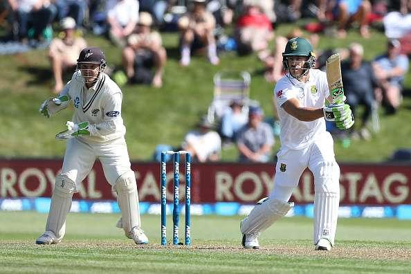 DUNEDIN, NEW ZEALAND - MARCH 08: Faf du Plessis, Captain of South Africa, bats during day one of the First Test match between New Zealand and South Africa at University Oval on March 8, 2017 in Dunedin, New Zealand. (Photo by Dianne Manson/Getty Images)